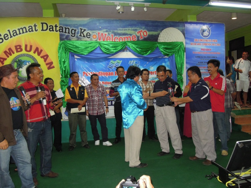 Jemputan Menghadiri Mesyuarat Agung Tahunan & Hari Keluarga KSH JPS Sabah 2013 - Page 2 Dscn0613