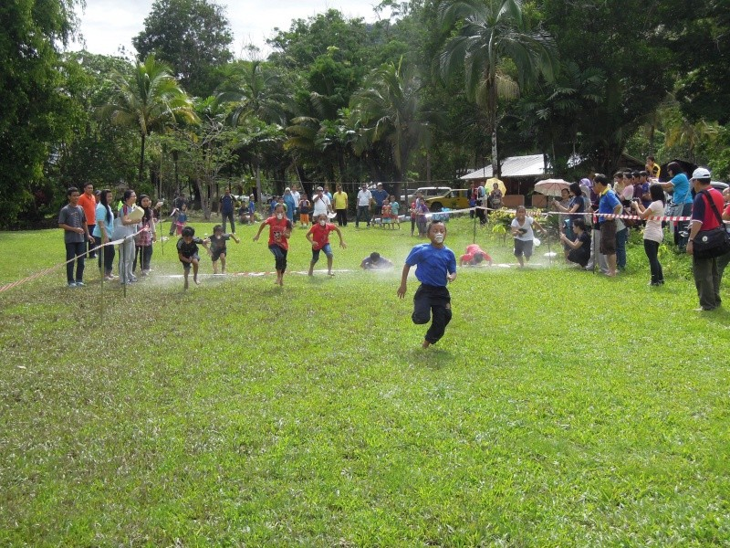 Jemputan Menghadiri Mesyuarat Agung Tahunan & Hari Keluarga KSH JPS Sabah 2013 - Page 2 Dscn0615