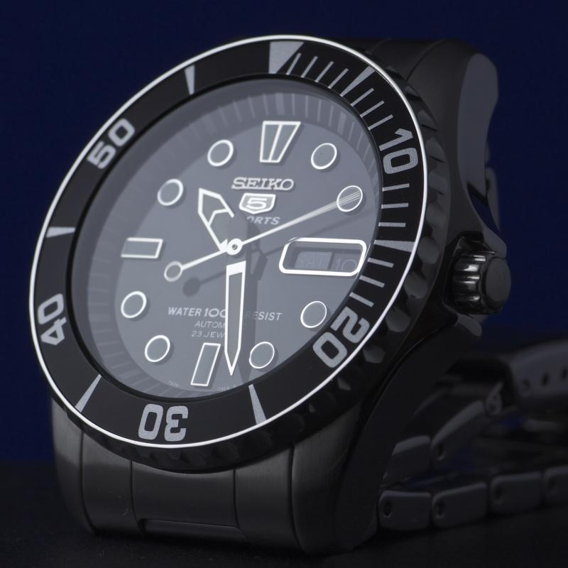 Vos photos de montres non-russes de moins de 1 000 euros - Page 3 Img_3610
