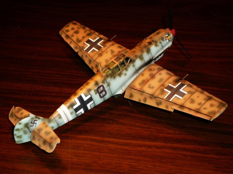 MESSERSCHMITT Bf109E-7 (Trop) (AIRFIX) [Modèle terminé] P1040714