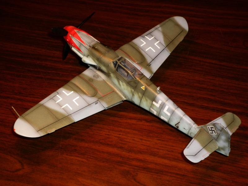 MESSERSCHMITT Bf109K-4 (HASEGAWA 1/48°) [Modèle terminé] P1040729