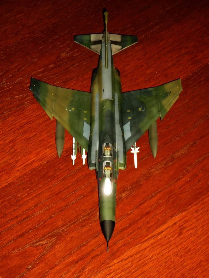"F-4G Phantom II ""Wild Weasel"" (Hasegawa 1/48) [modèle terminé] - Page 2 P1060917"