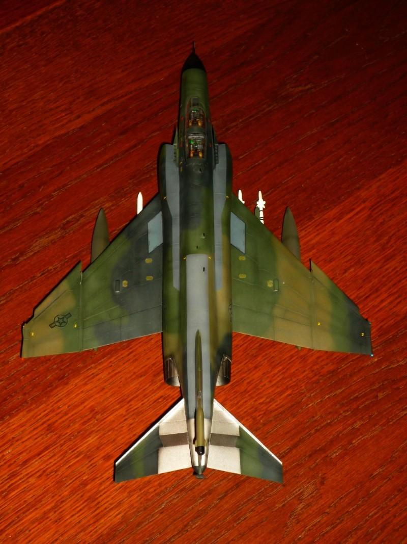 "F-4G Phantom II ""Wild Weasel"" (Hasegawa 1/48) [modèle terminé] - Page 2 P1060918"