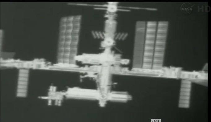 Lancement, mission & retour sur terre: Dragon - CRS2/SPX2  - Page 12 Ff10