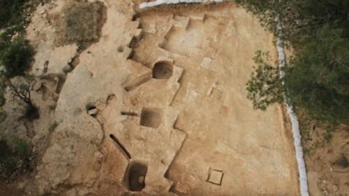 Découverte d'un bain rituel juif de plus de 2000 ans Ritual10