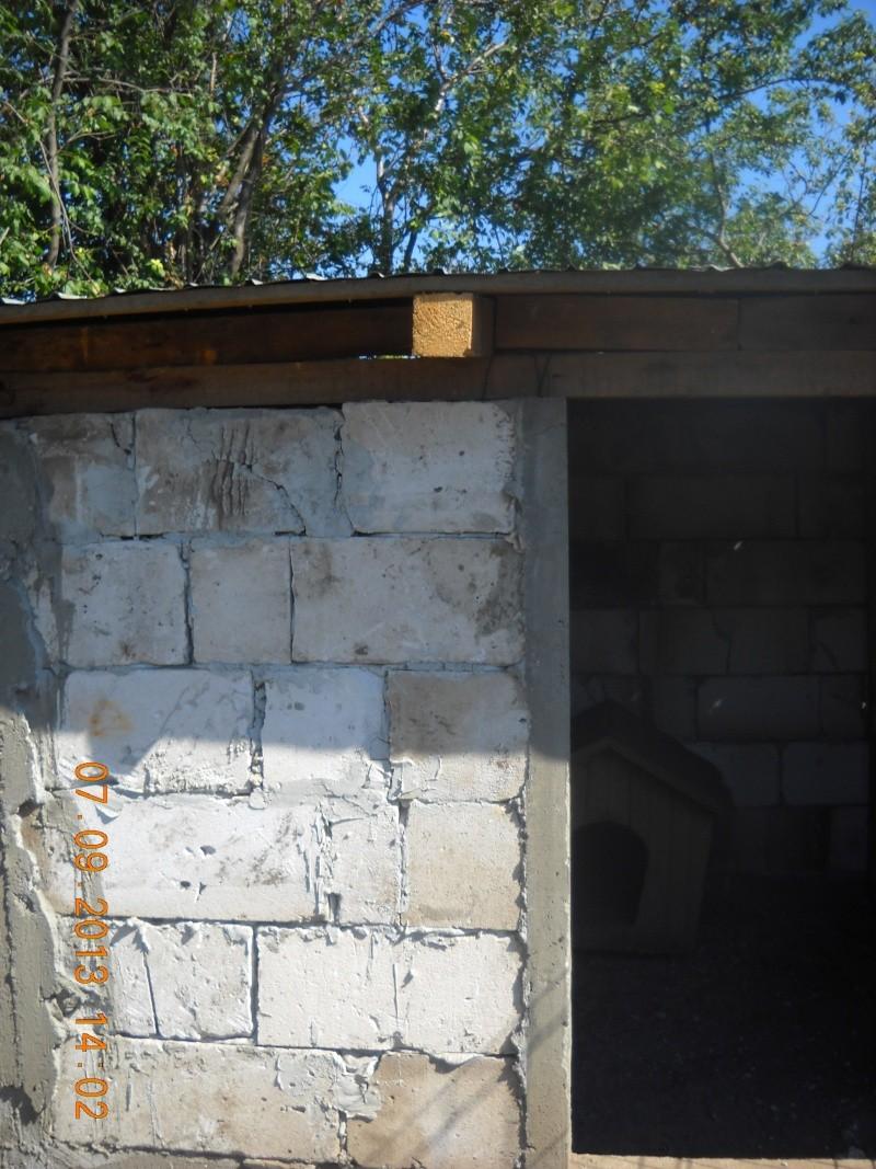 ALLEZ ON CONTINUE L'AVENTURE CONSTRUISONS LES DERNIERS  BOXES AU REFUGE DE LENUTA -  R - Page 3 Dscn6116
