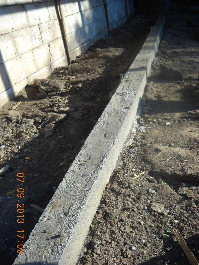 ALLEZ ON CONTINUE L'AVENTURE CONSTRUISONS LES DERNIERS  BOXES AU REFUGE DE LENUTA -  R - Page 3 Dscn6333