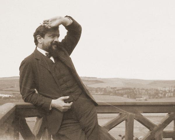 الموسيقار الفرنسى ديبوسى فى صور Debuss17