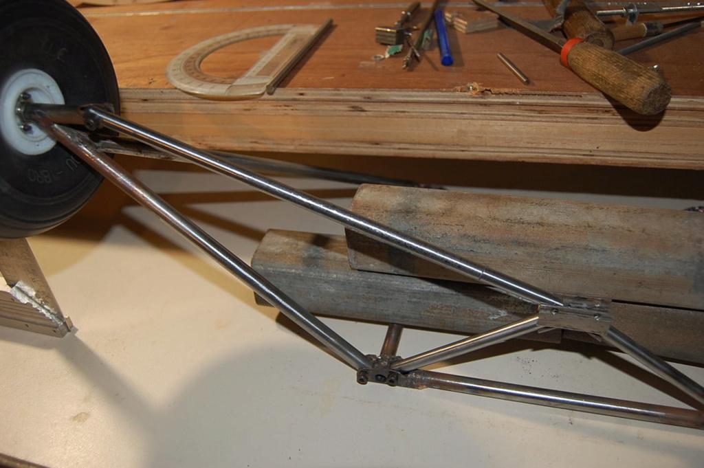 Construction d'un Piper J3 au 1/3 - Page 5 Dsc_0333