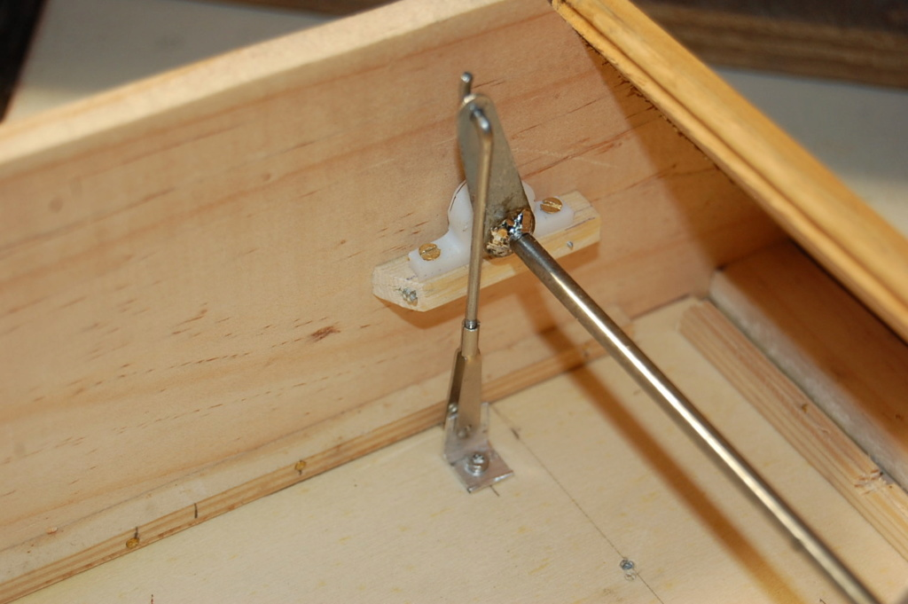 Construction d'un Piper J3 au 1/3 - Page 6 Dsc_0348