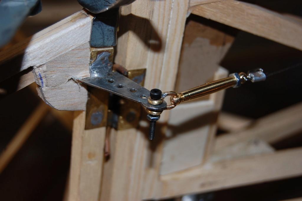 Construction d'un Piper J3 au 1/3 - Page 6 Dsc_0436