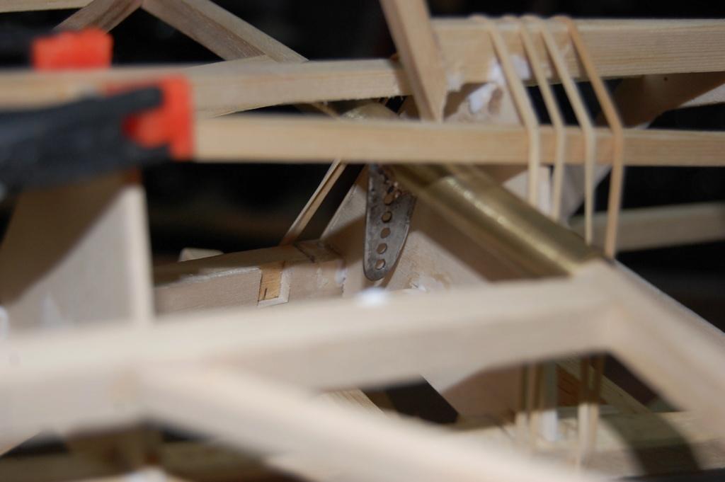 Construction d'un Piper J3 au 1/3 - Page 5 Dsc_1015