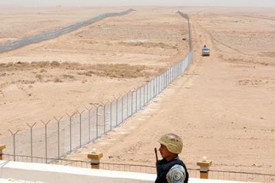 إغلاق الحدود بين السعودية واليمن بحاجز عظيم 1110