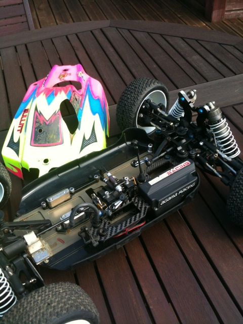 AGAMA FR CUP 2013 brushless !! Img_2510