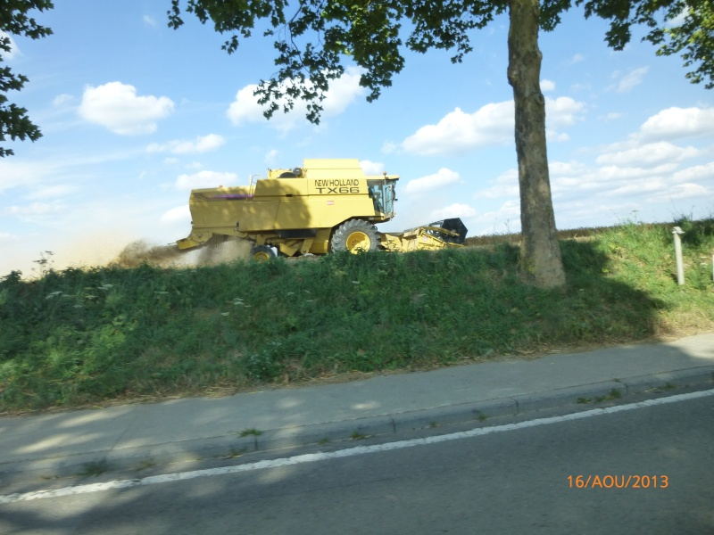 Moissonneuse New Holland Papy_318