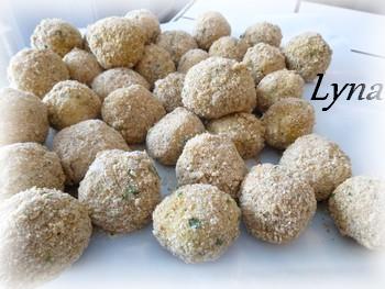 Arancinis (boules de risotto farçies au fromage) Aranci13