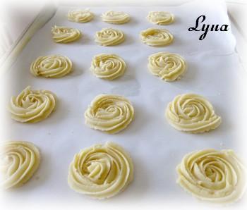 Biscuits Spritz au citron et garniture au fromage à la crème Biscui10