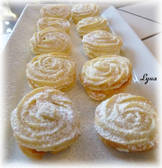 Biscuits Spritz au citron et garniture au fromage à la crème Biscui12