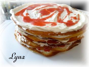Gâteau à la crème et coulis de framboise ou fraise Fraise12