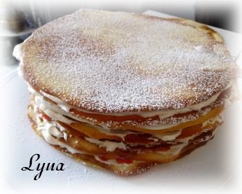 Gâteau à la crème et coulis de framboise ou fraise Fraise13