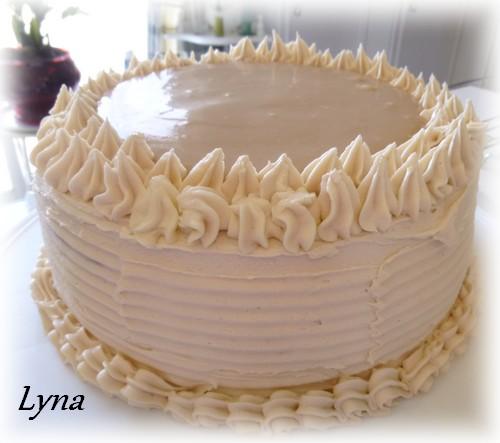 Gâteau avec crème pâtissière au caramel Gateau18
