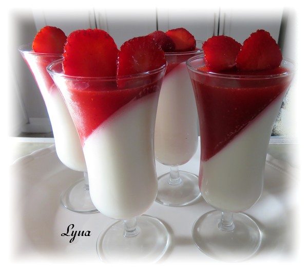Panna cotta à la gelée de fraises Panna_12
