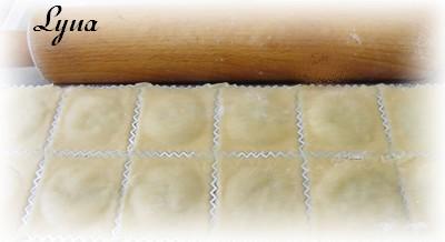 Raviolis maison à la saucisse et fromage Raviol10