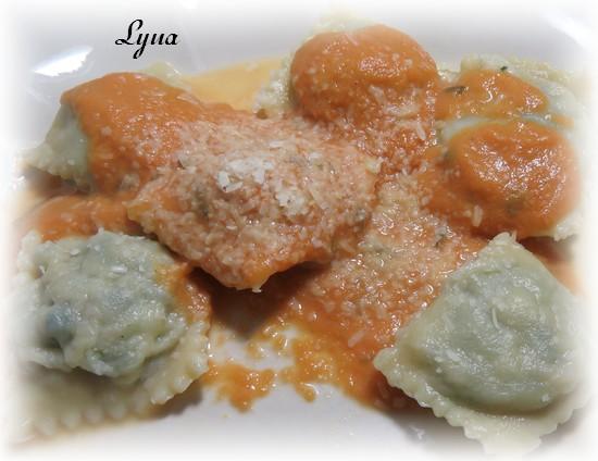 Raviolis maison à la saucisse et fromage Raviol14