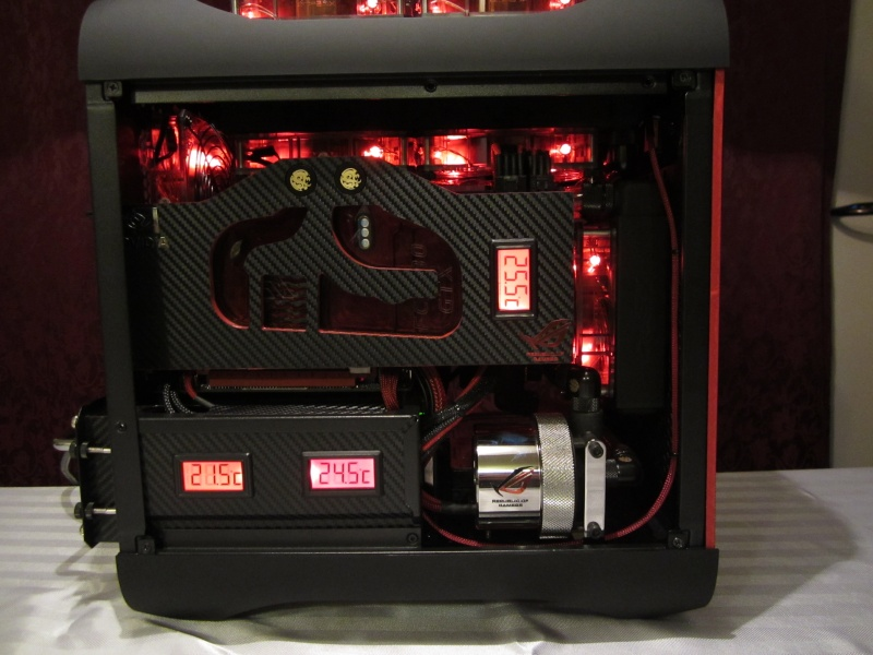 Bitfenix - Z77- Full Watercooling ROG Img_4427