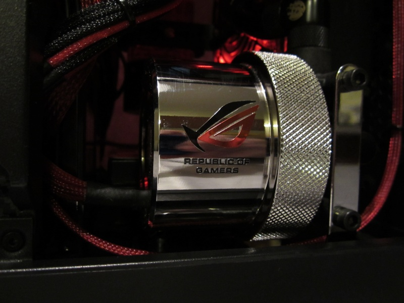 Bitfenix - Z77- Full Watercooling ROG Img_4428