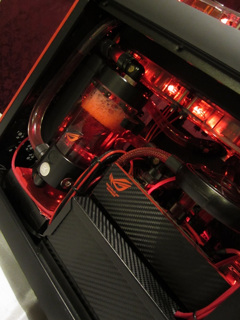 Bitfenix - Z77- Full Watercooling ROG Img_4446