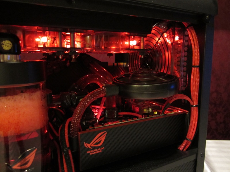 Bitfenix - Z77- Full Watercooling ROG Img_4452