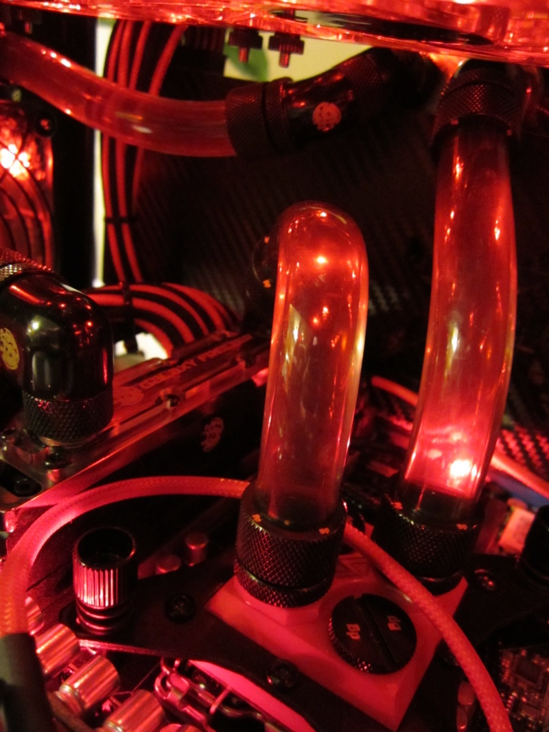 Bitfenix - Z77- Full Watercooling ROG Img_4454