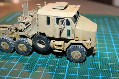 M1070 Truck Tractor 1/72 Img_7013