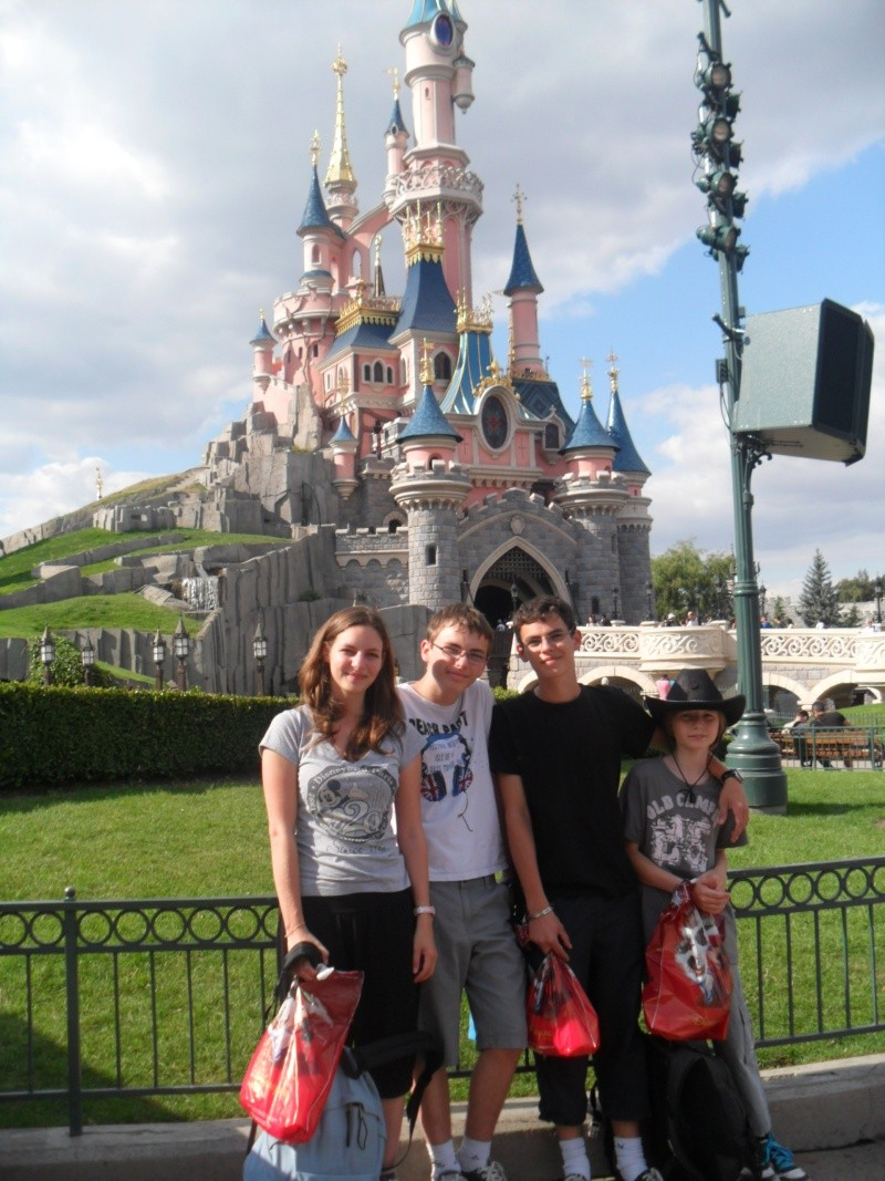 3ème TR d'une addicted-to-disney: une surprise magique ! - Page 8 Sam_0740