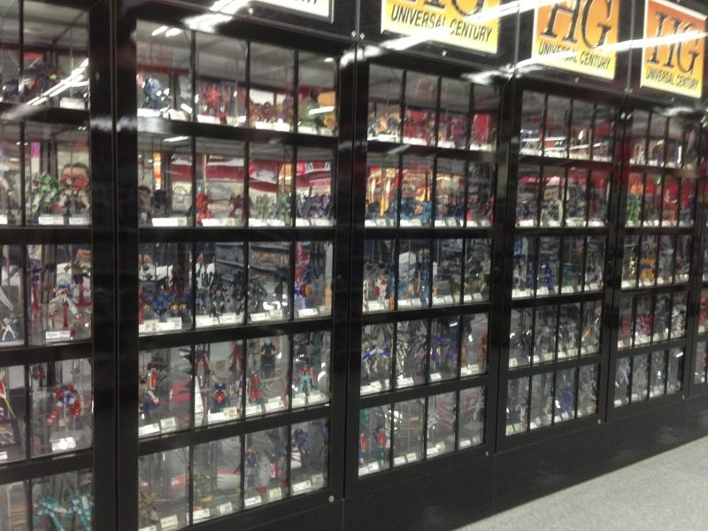 Visite au Japon: Transformers et autres robots - Mandarake, Tokyo Toy Show, Boutiques - etc - Page 2 Img_1811