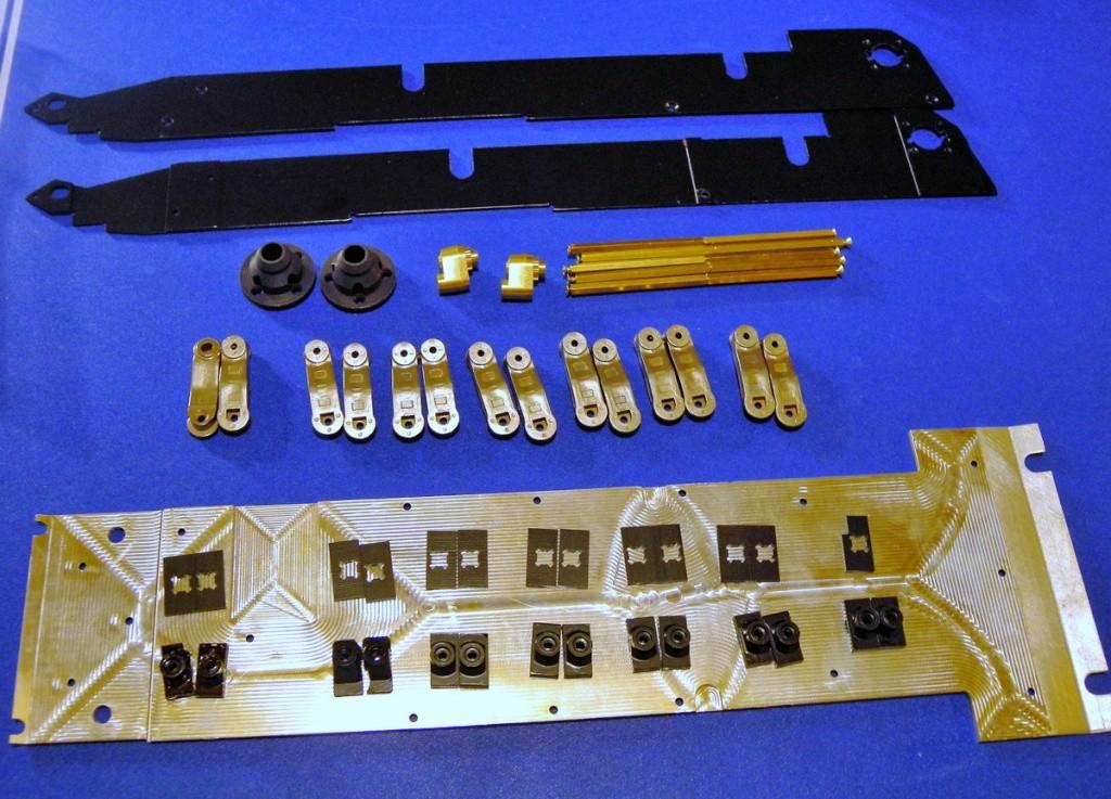 My Leopard 2 metal upgrade parts  Dscn6910