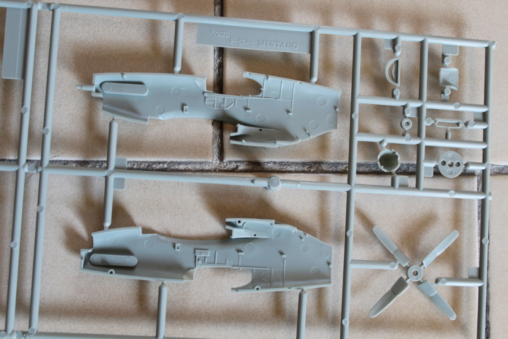 [ACADEMY] NORTH AMERICAN P-51 C 1/72ème Réf 12441 000_ac44