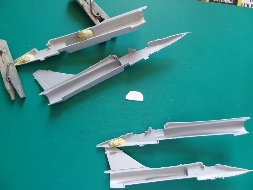 [Heller] Mirage 2000N 006_he10