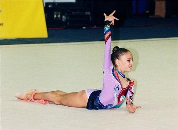 Les gymnastes lorsqu'elles étaient très jeunes - Page 2 Pocp4-10