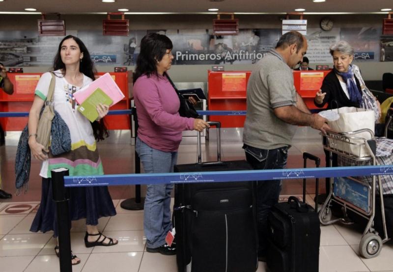 Yoani Sanchez tiene su pasaporte ya 09565812