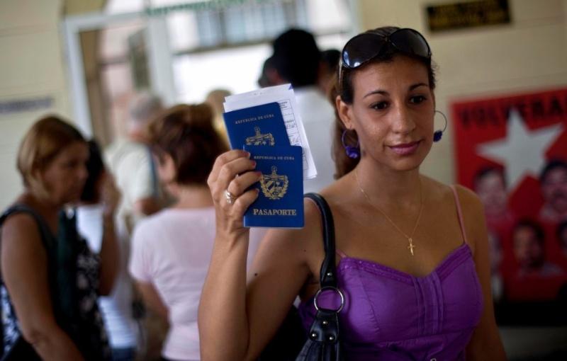 "Cuba: Un mes de ""libertad"" y sin éxodo masivo Ar-13010"