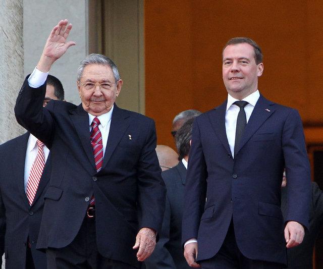 Recibió Raúl a Dimitri A. Medvedev Elhqy_10