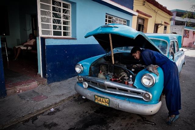 Fotografia. Cuba, esperando el pasaje  Havana10