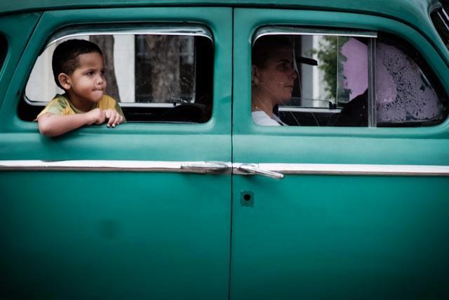 Fotografia. Cuba, esperando el pasaje  Havana16