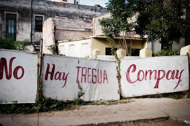 Fotografia. Cuba, esperando el pasaje  Havana28