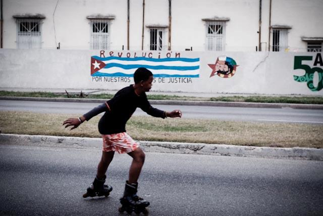 Fotografia. Cuba, esperando el pasaje  Havana30