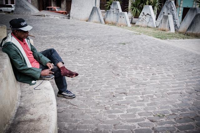 Fotografia. Cuba, esperando el pasaje  Havana32