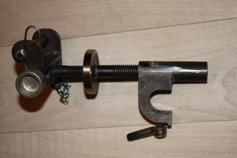 fabrication d'un trépied M2 pour browning cal.30 Img_5511