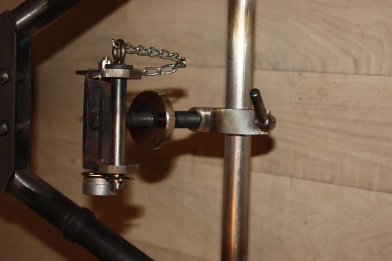 fabrication d'un trépied M2 pour browning cal.30 Img_5514